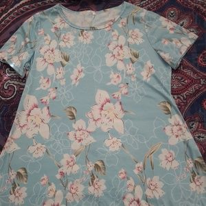 Tops - Women's NWOT Tunic